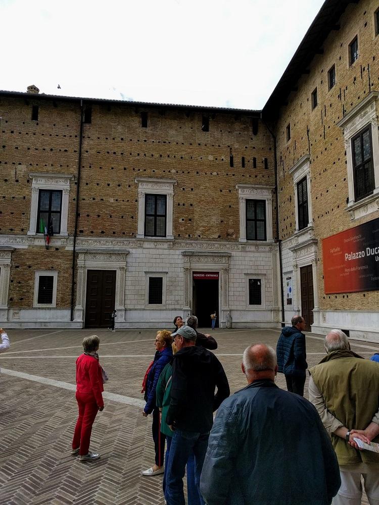 Urbino - paleis - toegang