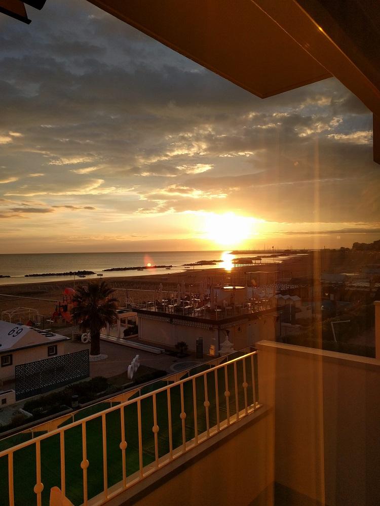Cattolica - zonsopgang vanuit de hotelkamer